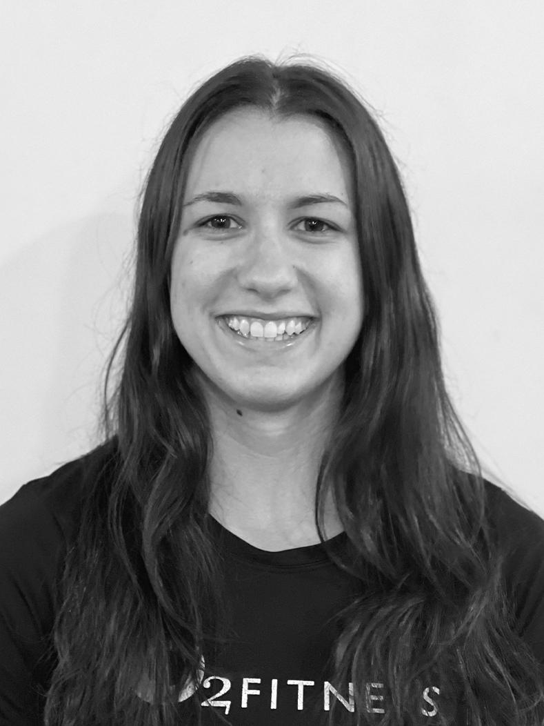Julia Sylvestri Headshot